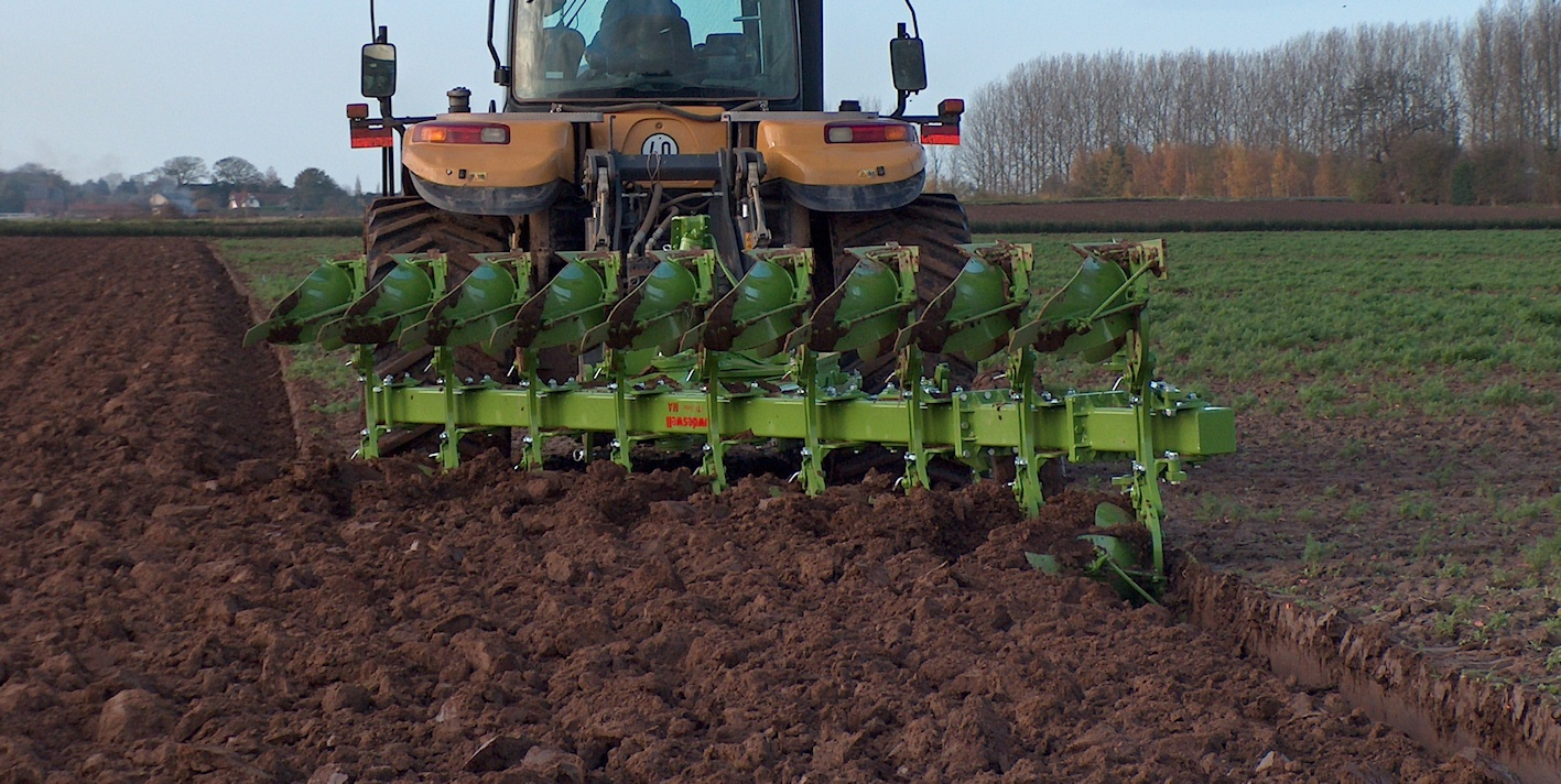 170 Ploughing